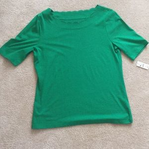 NWT green scalloped-collar cotton tee